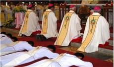 Xin ơn thánh hóa các linh mục