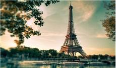 Một lần đến tháp Eiffel