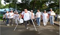 Giúp người khuyết tật hội nhập
