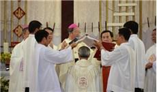 Hình ảnh lễ Tấn phong Đức Giám mục Phêrô Huỳnh Văn Hai