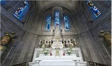 Các Thánh đường nổi tiếng ở Pháp: VƯƠNG CUNG THÁNH ĐƯỜNG  THÁNH TÂM CHÚA GIÊSU (P2)