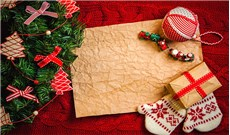 Rộn ràng mua, bán  mùa Noel phố thị