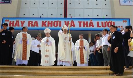 Tường thuật lễ tấn phong tân Giám mục giáo phận Vĩnh Long