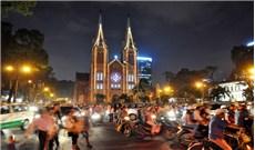 Rộn ràng Giáng Sinh trong lòng dân Việt