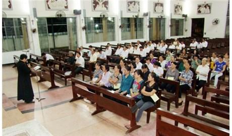 Tham gia hội đồng mục vụ giáo xứ