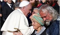 """Thông điệp """"Mở toang cửa"""" của Đức Giáo Hoàng Phanxicô"""