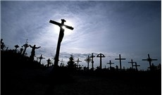 Học vâng phục thánh ý Chúa nhờ đau khổ