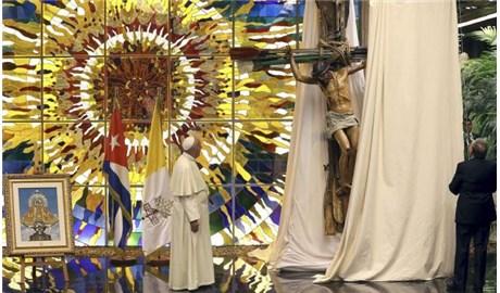 Đức Thánh Cha tặng Chủ tịch Cuba bức tranh khảm Mẹ Bác Ái El Cobre