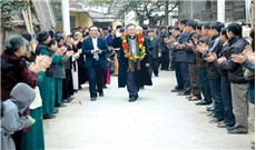 ĐGM Giuse Nguyễn Chí Linh - Gia đình tinh thần phải ở trên gia đình huyết thống