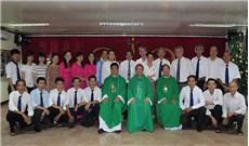 Đức cha Phụ tá TGP.TPHCM dâng lễ tại Báo Công giáo và Dân tộc