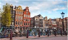 Amsterdam -thành phố của xe đạp