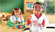 Khơi gợi  tình yêu khoa học ở trẻ
