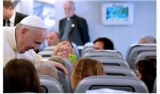 Trên những chuyến bay chở Đức Giáo Hoàng