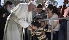 ĐGH Phanxicô đến thăm người tị nạn ở Hy Lạp