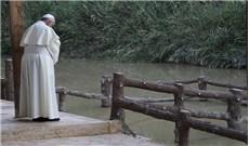 Dọn mìn ở dòng sông  Chúa Giêsu chịu Phép Rửa