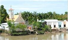 Nhà thờ Rạch Vọp có nguy cơ đổ sập xuống sông