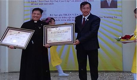 Vị linh mục có 3 kỷ lục Việt Nam