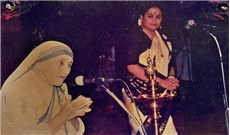 Nữ ca sĩ Ấn Độ duy nhất hát tại lễ phong thánh