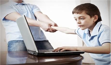 """Bảo vệ con trẻ khỏi """"ma túy kỹ thuật số"""""""