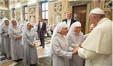Đức Phanxicô tiếp các nữ tu phục vụ bệnh nhân