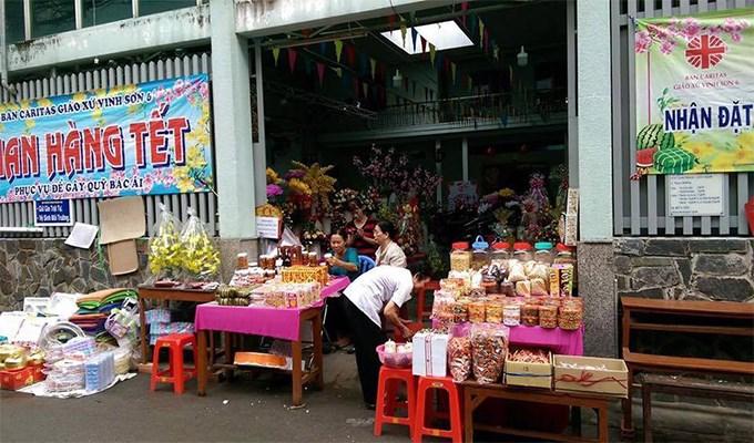 Đêm nhạc và hội chợ xuân tại các xứ đạo
