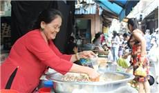 Đi chợ Sài Gòn, tìm hương tết quê