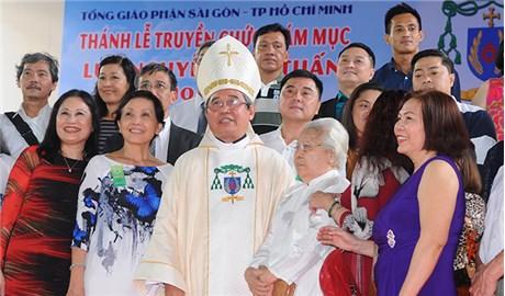 Lễ tấn phong Giám mục Ðức cha Louis Nguyễn Anh Tuấn