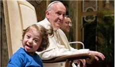 Giúp người khuyết tật tham gia đời sống giáo xứ