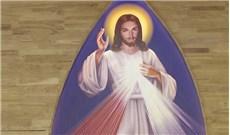 Về bên lòng Chúa xót thương