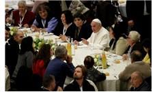 Đức Giáo Hoàng ăn trưa cùng 1.500 người nghèo