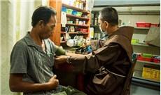 Những tu sĩ áo nâu  và lý tưởng khó nghèo