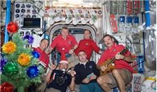 Mùa lễ hội trên không gian