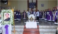 Hình ảnh thánh lễ an táng Đức cha Giuse Vũ Duy Thống