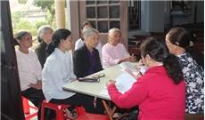 Các bậc cao niên thi giáo lý mùa Chay