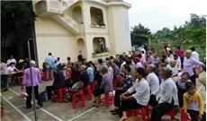 Caritas Phát Diệm đến với  người bệnh vùng sâu vùng xa