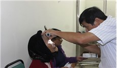 Phẫu thuật mắt miễn phí cho người nghèo