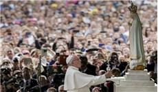 Ðức Thánh Cha chủ sự lễ tuyên thánh hai mục đồng Phanxicô và Giaxinta
