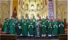Phái đoàn Tòa Thánh hiệp dâng thánh lễ tại nhà thờ Đức Bà Sài Gòn