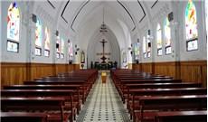 Ðừng lãng phí của chung nơi nhà thờ