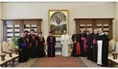 Đức Thánh Cha và Đức Thượng phụ Assyria Đông phương cầu nguyện cho hòa bình