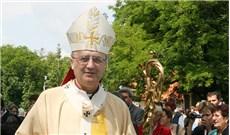 Vị giám mục dùng tiền lạc quyên dịp sinh nhật giúp tín hữu Iraq