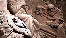 Hang đá cát  tại quảng trường Thánh Phêrô