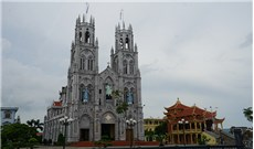 Ðền thánh Ðông Phú miền ký ức
