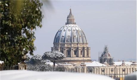 Vatican trắng xóa tuyết