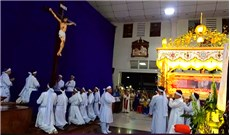 Nghi thức Tháo đinh và Táng xác Chúa tại giáo xứ Bình Thuận