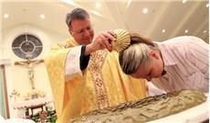 30.000 người Mỹ lãnh phép Rửa đêm vọng Phục Sinh
