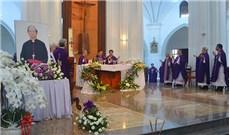 Lễ giỗ 100 ngày Ðức cố Tổng Giám mục Phaolô Bùi Văn Ðọc