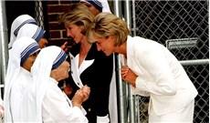 Tình bạn giữa Mẹ Têrêsa và công nương Diana