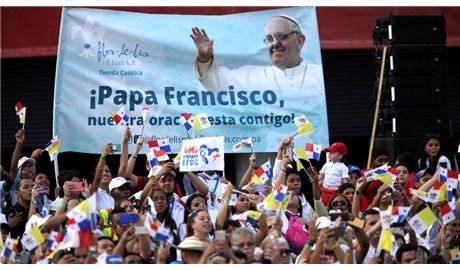 Giới trẻ mừng đón Đức Giáo Hoàng tại Panama