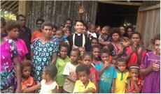 """Ở Papua New Guinea, mỗi giáo điểm là một """"đám đông dân chúng"""""""